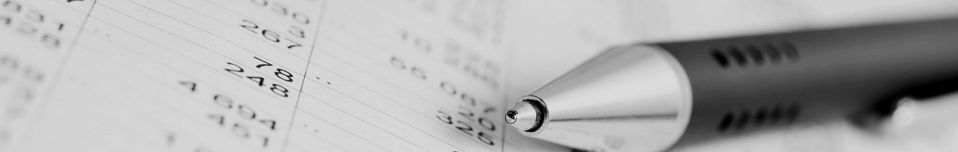 pen-on-accounting-documents