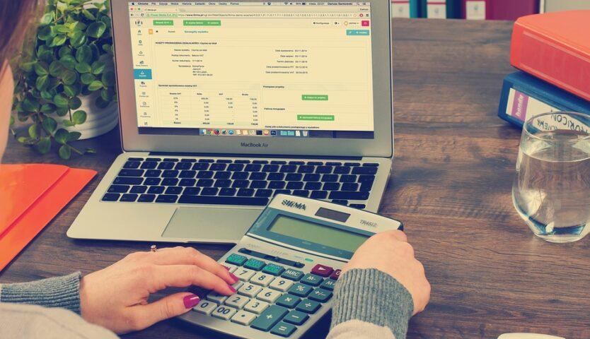 an-edmonton-accountant-using-a-calculator